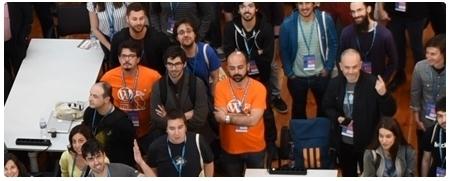 Foto final panorámica de los asistentes a la WordCamp Madrid 2018